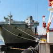 「補給艦」どんな船? 見た目は軍艦、中身は民間 カナダ海軍「アストリクス」に乗艦