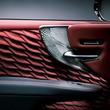 高級車としても破格の美しさ。レクサス『LS500』の切子細工に込められた、職人のこだわりとメーカーの熱意