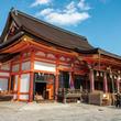 厄除け、縁結び、美のご利益も!全国約2300社の総本社・八坂神社へ初詣