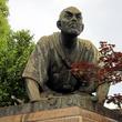 京都の待ち合わせは、土下座前。思想家・高山彦九郎の像を訪ねて