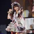 """SKE48松村香織の卒業コンサート、涙から落とし穴で""""かおたん""""らしさ全開"""