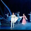 熊本出身・真風涼帆が九州凱旋!博多座で宝塚歌劇宙組公演が開催中