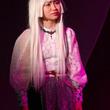 元AKB48 田野優花が進化したAIを演じる 舞台『SINGURA-シンギュラ-』が上演中
