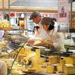 チーズ屋で働くプロが競うフランス大会で日本人が優勝!快挙の本田楓子さん