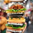 おにぎりに革命が!新感覚「おにぎりバーガー」が大阪・黒門市場にオープン