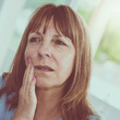 専門家に聞く歯科心身症①:「心の病」ではないこの病気の症状や原因は?