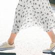 白コンバースを今っぽく履きこなすテクまとめ♡すっきり見える黄金バランスコーデ4選