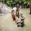 バングラデシュ・気候変動:1,900万人以上の子どもの命と将来に影響 - ユニセフ報告書発表【プレスリリース】