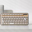 タイプライターの打感を再現したレトロな特製キーボードが日本上陸
