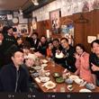 博多華丸、誕生日を行列が出来るラーメン店貸切でお祝い