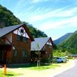 名古屋から60分。テントサイトもコテージも選りどりみどりな「青川峡キャンピングパーク」。【お風呂に入れるキャンプ場FILE #12】