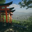 写真家が伏見稲荷を再現したウォーキングシム『Explore Kyoto's Red Gates』リリース。まるで日本の夏をそのまま切り取ったかのような美しい風景を歩く