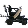 空港でパーソナルモビリティ(自動追従電動車椅子)の実証実験を実施