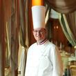 フランス料理界最高峰の称号「M.O.F.」をトゥールダルジャン 東京のエグゼクティブシェフ ルノー・オージエが5/13に受章。