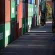 アングル:対中輸出6.3%減、日本企業に暗雲 華為技術問題追い打ち