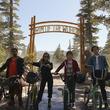 エイリアンに遭遇した4人が地球を救うため奮闘...Netflixオリジナル映画『リム・オブ・ザ・ワールド』