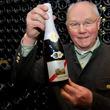 シェラトン・グランデ・トーキョーベイ・ホテル ドイツ名産の「モーゼルワイン」とコースディナーのマリアージュに酔いしれる『アドルフ・シュミット氏との夕べ』開催