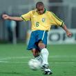 まさに魔球! 元ブラジル代表R・カルロス、驚愕カーブの35mFK弾に再脚光「史上最高」
