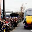 イギリス高速鉄道の車両が日本の道路を日中に走行! 「陸送」見学イベント再び開催