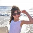 6歳の美少女「ガンガン」腰をふる動画が世界中でバズる!驚異の1,100万再生!