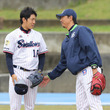 「彼に必要なのは自信だけ」 ヤクルト・原樹理と楽天・伊藤智仁のチームを超えた師弟関係