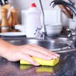 掃除や衣類のシミ取り、消毒できるオキシドールはこんなに使える!