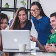 インバウンド関連企業の外国人雇用実態調査 企業の90%は外国人採用に積極的!雇用メリットを感じている