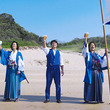稲垣吾郎、香取慎吾「オールフリー」新CMでジャイアンツ高橋由伸とビーチで1杯