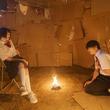仲村さんに体操着を着せられる春日、ブルマ姿の佐伯さん…映画「惡の華」場面写真