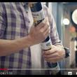 ビール缶のライトセーバーかよ 缶同士が連結するコロナビールの『Fit Packs』