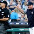 タ軍監督がシーズン最多退場記録を更新する? MLB公式「記録的ペース」