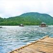 【もっと楽しいフィリピン】レイクダナオ湖上での筏小屋は、心地よい涼しさ