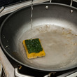 キッチンスポンジの交換頻度 正しい除菌方法は?