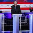 米民主党討論会2日目、バイデン氏とサンダース氏がトランプ氏攻撃