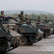 陸自73式装甲車が半世紀近く現役のワケ ほかの車両で代替できない、その役割とは?