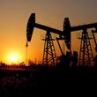 原油先物は下落、需要巡る懸念がOPEC減産延長の効果を相殺