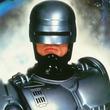 新『ロボコップ』、1作目のオリジナル版に登場したロボコップスーツが登場