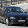 新型VW・ゴルフのプロトタイプをキャッチ。新開発マイルドHVの電気走行は80km!