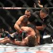 """まさに秒殺! UFC史上最速の""""5秒失神KO""""に同業者ですら戦慄「恐ろしく、残忍だ」"""