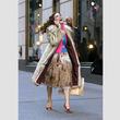 ![CDATA[『SATC』サラ・ジェシカ・パーカー、キャリーのファッションに関する謎に答える!]]