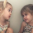 大きくなったら何になりたい?2歳双子の会話にアメリカ人が大爆笑