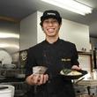 「創作麺処 スタ★アト」が辻堂にオープン。西の超新星が湘南で店を開いたワケとは?