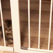「猫用フェンス買いました!」設置したら子猫が思いもよらぬ行動をしてポカーン。動画がネットで大人気に!