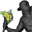 「FLOWER BOMBER」の完成品スタチューに「GESSO BLACK Ver.」が発売!「MEDICOM TOY EXHIBITION '19」にてお目見え!