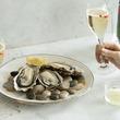 牡蠣とシャンパンで、サクッと飲み!ひとりでも仲間とでも、明日も頑張るための贅沢なひとときを「牡蠣シャン」フェア