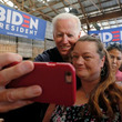 米民主の大統領候補指名争い、デジタル広告や人件費に多額の支出