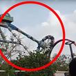 インドの遊園地で絶叫マシーンが真ん中からポッキリと折れる!安全管理や運営体制が物議!