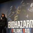 プラザカプコン池袋で「BIOHAZARD VALIANT RAID」を体験 銃をぶっ放して大量ゾンビをなぎ倒せ!