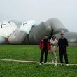 KAWS:HOLIDAY JAPAN Ceremonial Camp Day開催!ローラがL.Aから駆け付け全長40mの巨大アートを前にKAWS本人とスペシャルトークセッション実施!