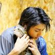 """山田裕貴、もふもふ""""猫まみれ"""" 王国で悪戦苦闘"""